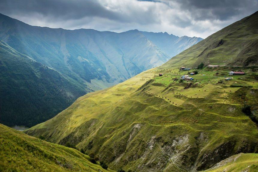 コーカサスの美しい風景 | World Web Magazine | 世界の美しい風景