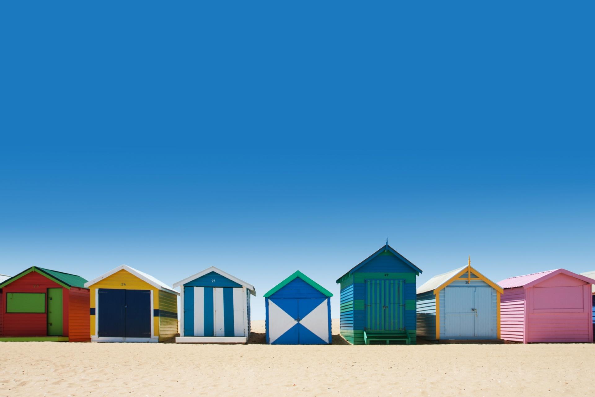ブライトンビーチの美しい砂浜にあるベイジングボックス