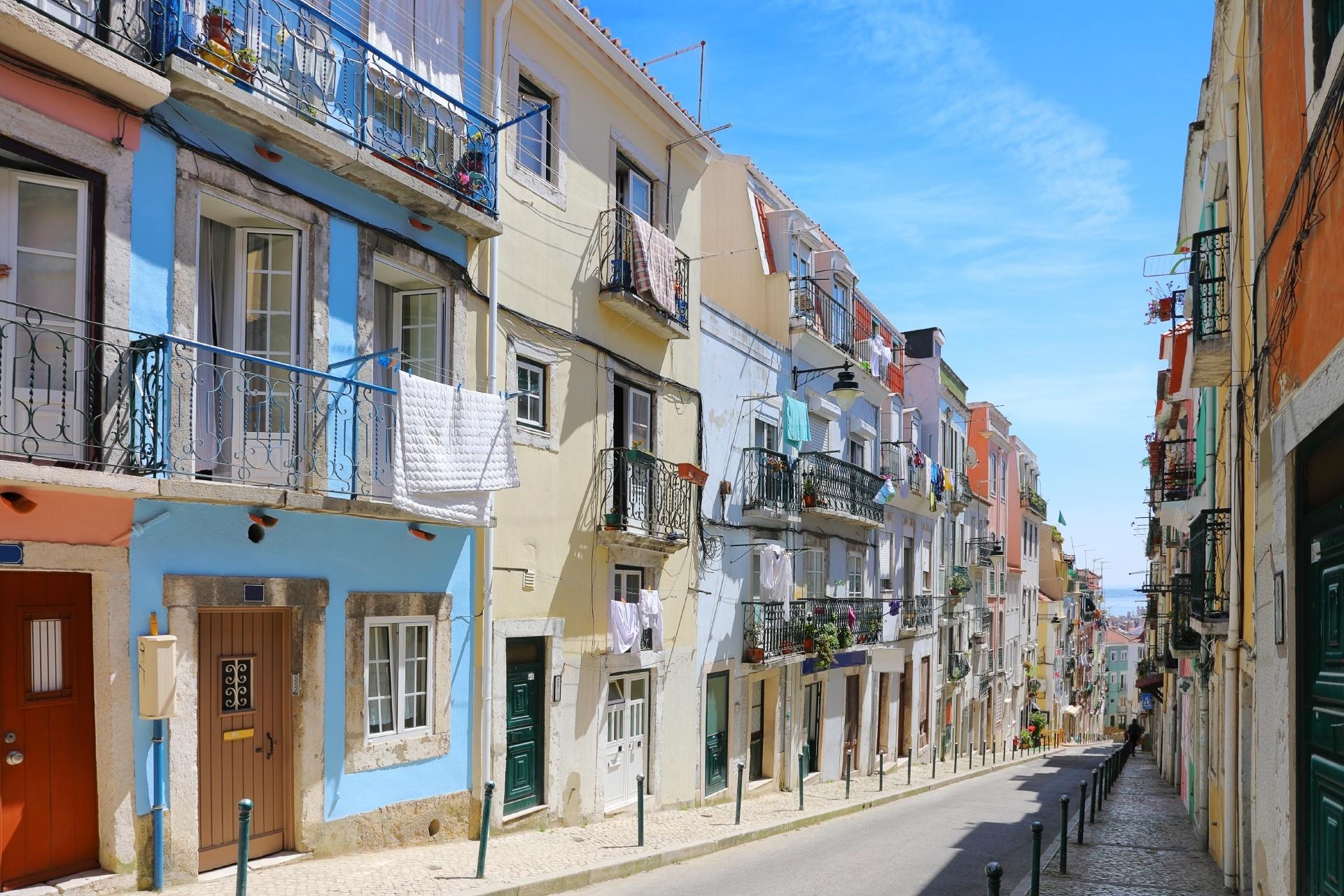 ポルトガル リスボンの路地