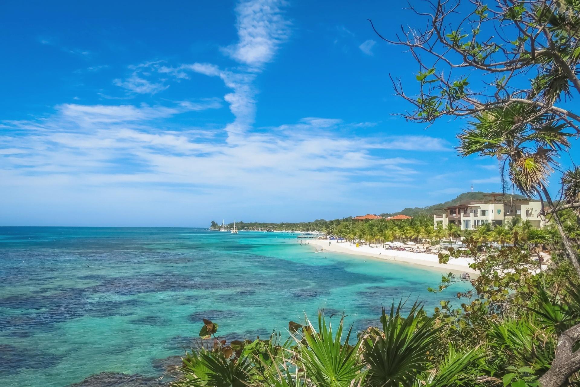 ホンジュラス ロアタン島の風景