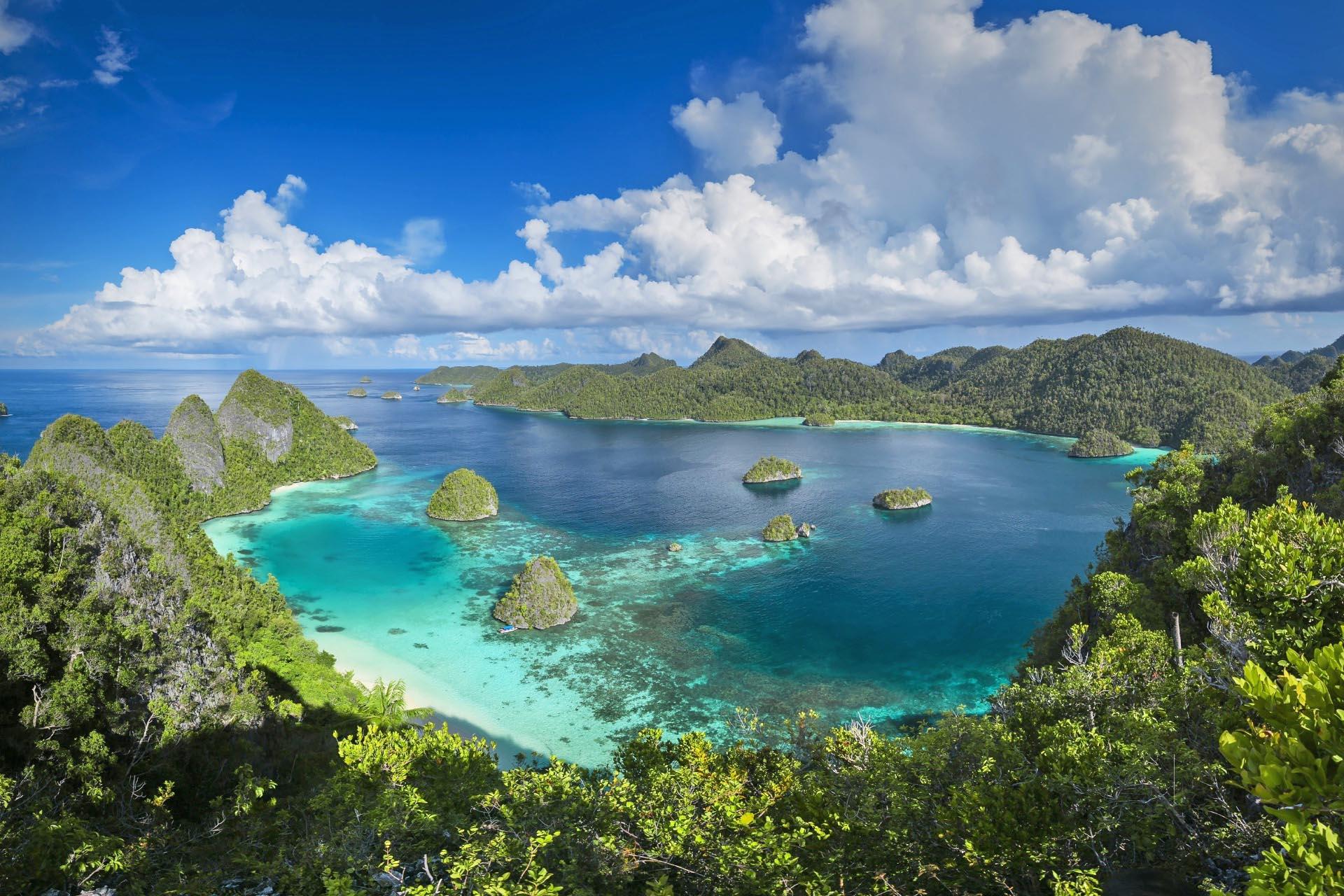 インドネシア ラジャ・アンパットの海