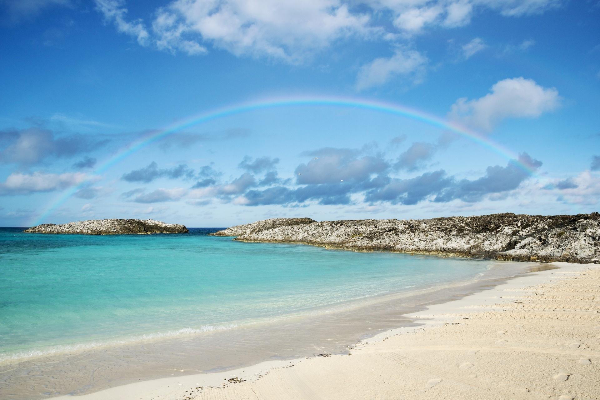 バハマ諸島の海