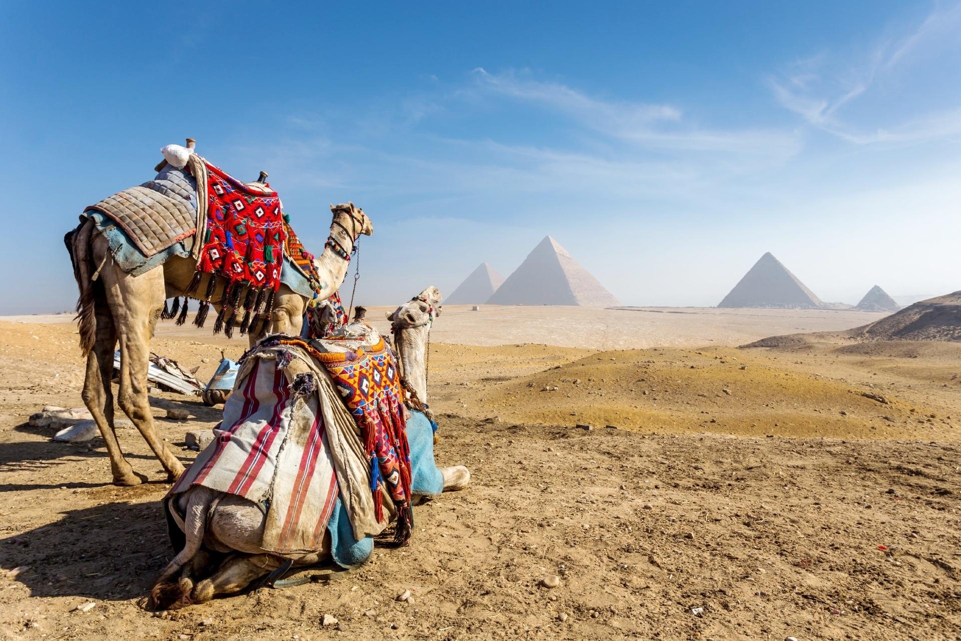 ギザのピラミッド エジプトの風景