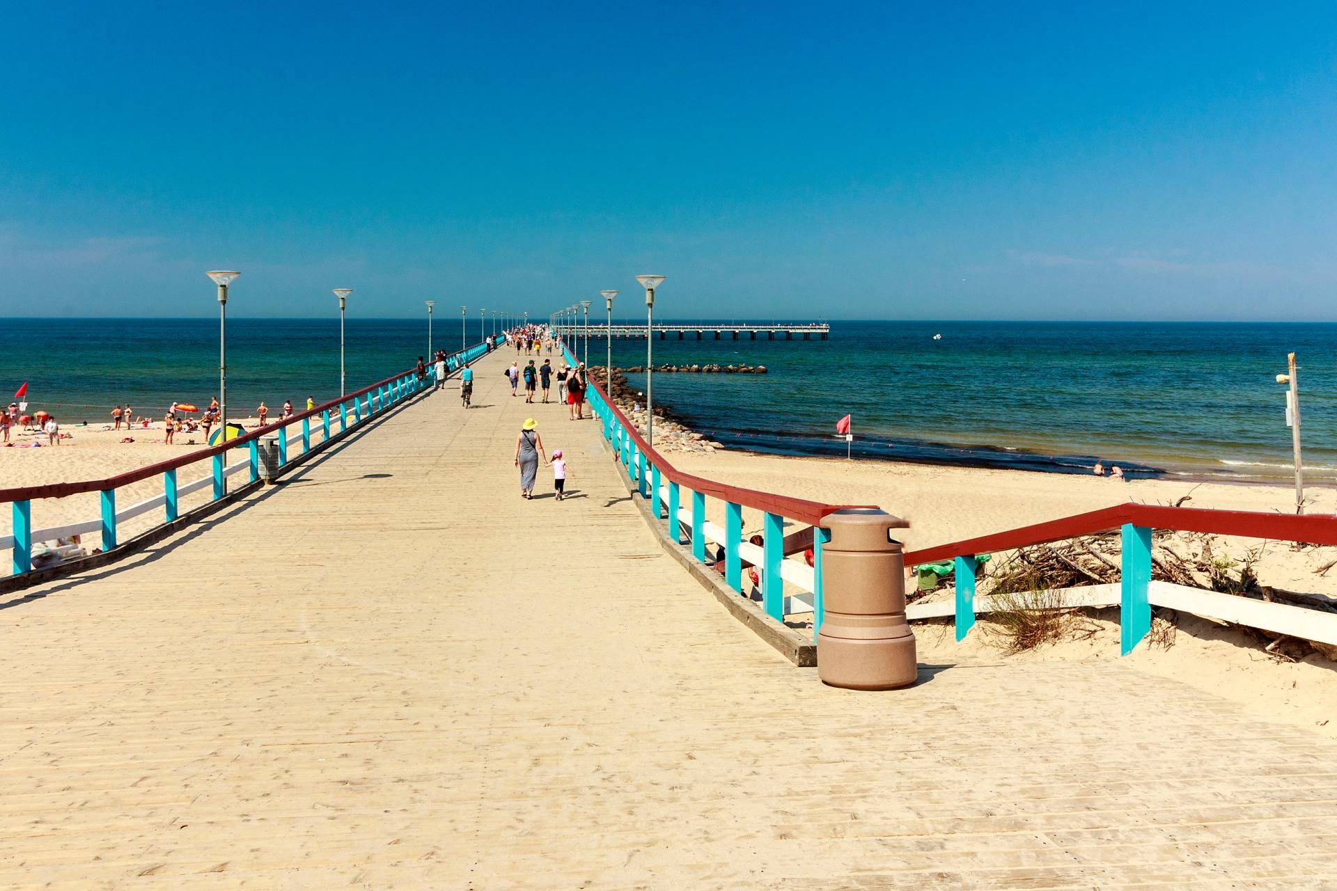 リトアニアで人気のリゾート「パランガ」の夏の風景