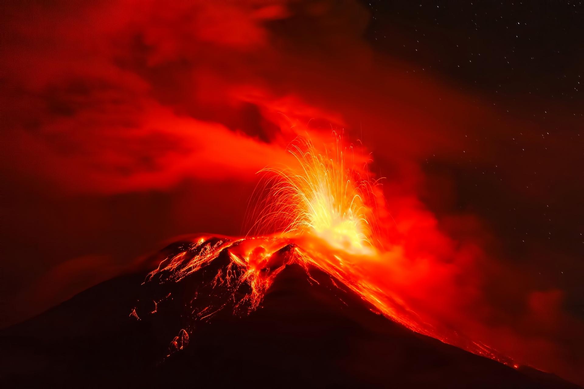 トゥングラワ火山 エクアドル