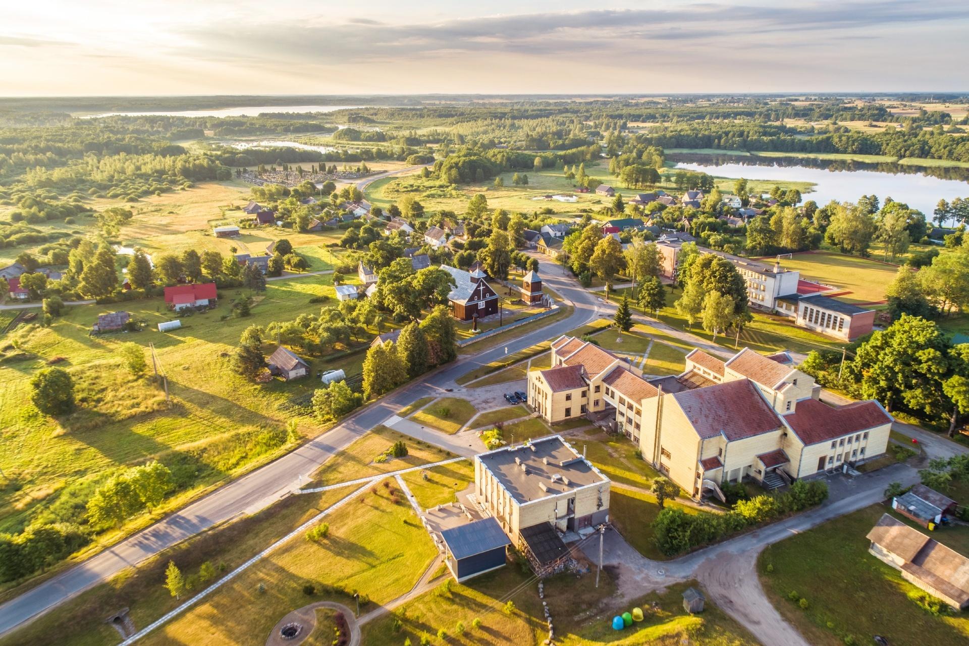 リトアニア モレタイ地方 イントゥルケの夏の朝の風景